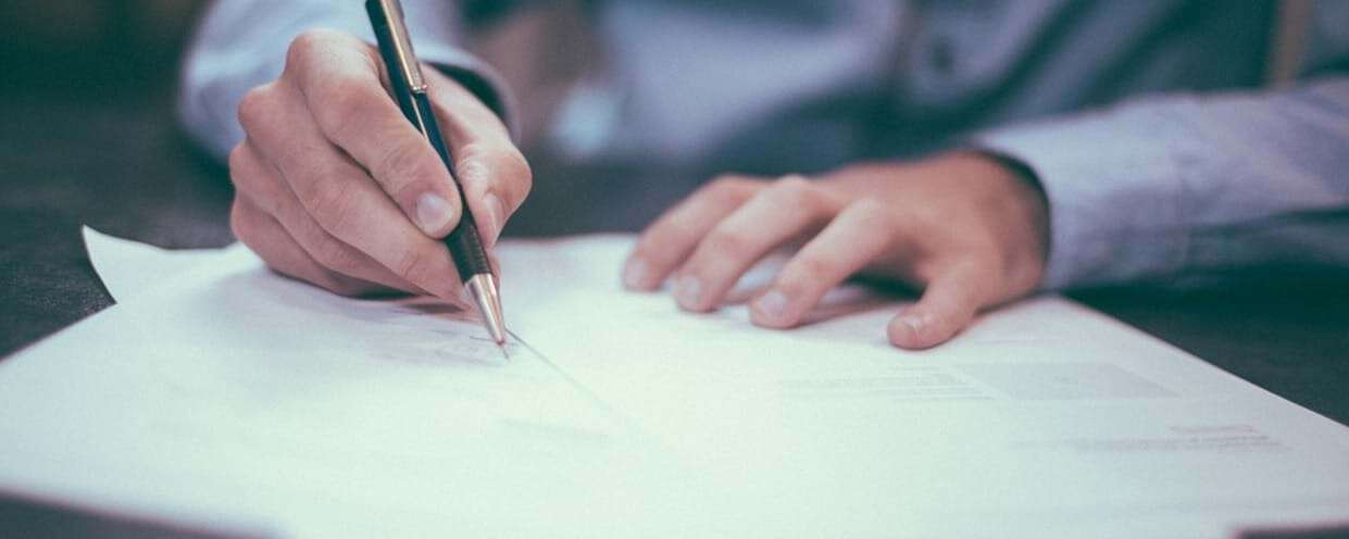How to Write a Curriculum Vitae – A Guide for Pre Med Students!